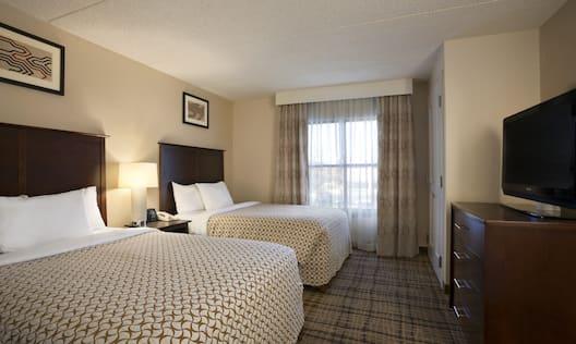 2 Double Bed Bedroom