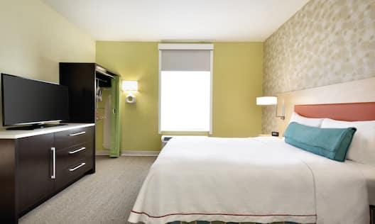 Accessible Queen Suite Bed