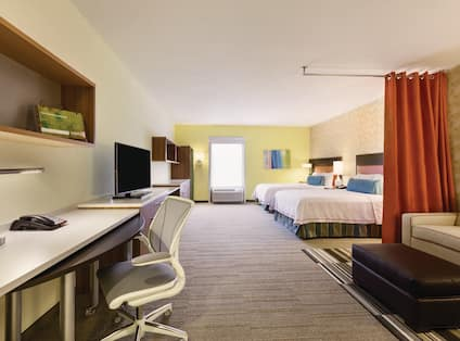 Accessible Studio Suite with Two Queen Beds