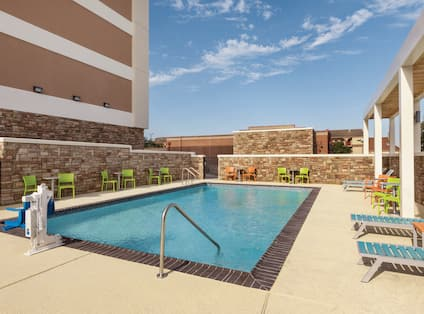 Outdoor Pool, Side View