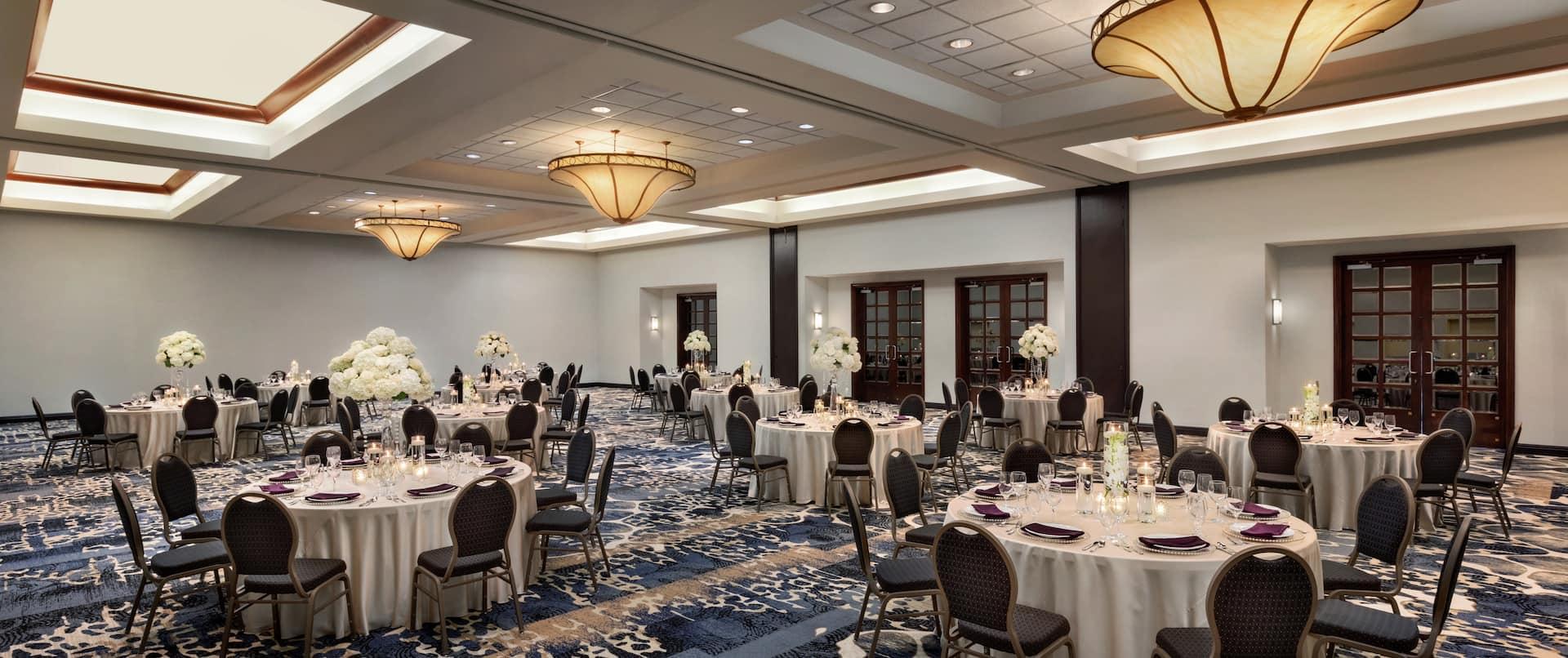 Elegant Meeting and Ballroom Area