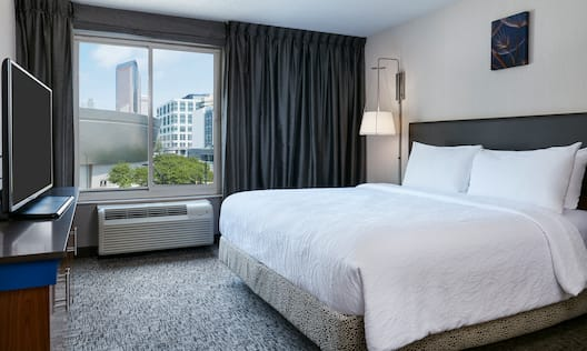King Bed Accessible Guest Room Suite