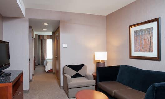 Guestroom Suite Area