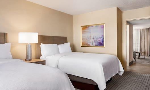 2 beds in room