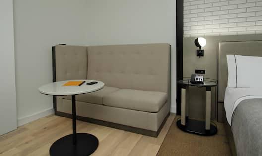 King Deluxe Corner Room