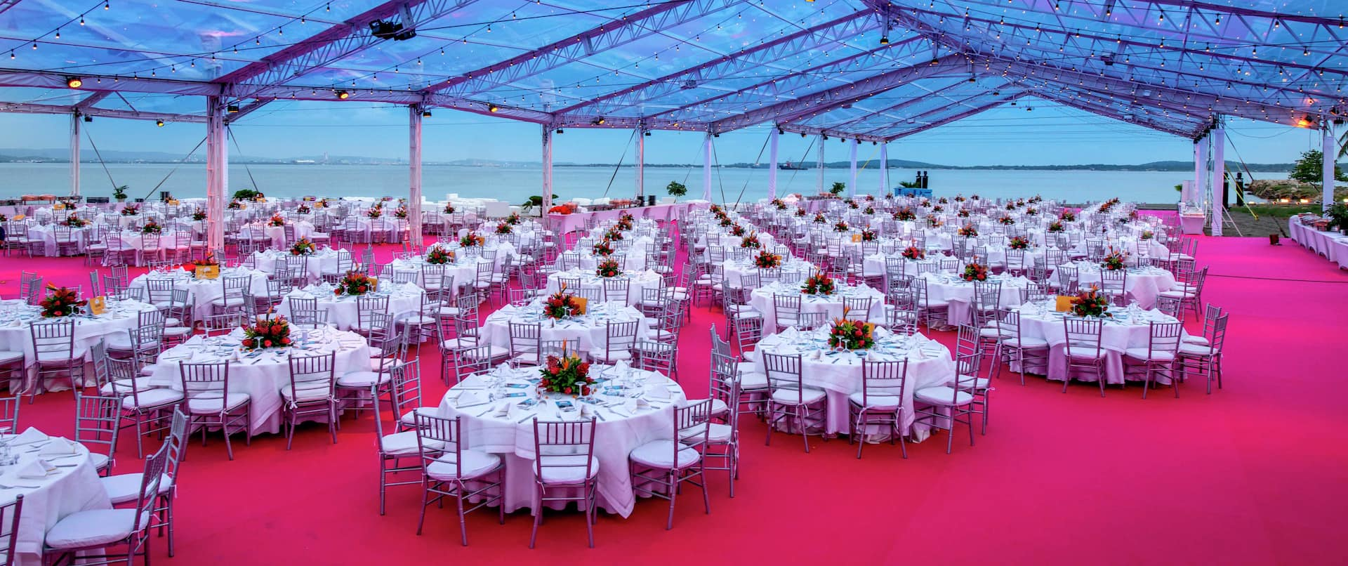 Covered Dining Event at the Beach