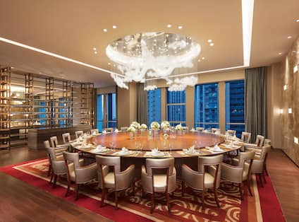 Yuxi Private Dining Room with Round Table