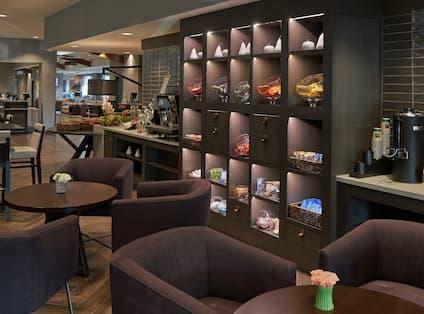 Herb N' Kitchen - Seating