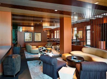 Hotel Bar & Lounge