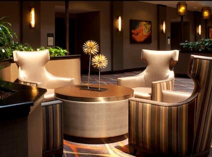 Embassy Suites Dallas - Near the Galleria Hotel, TX - Atrium Seating Area
