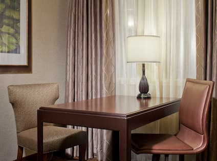Writing Table - Suite