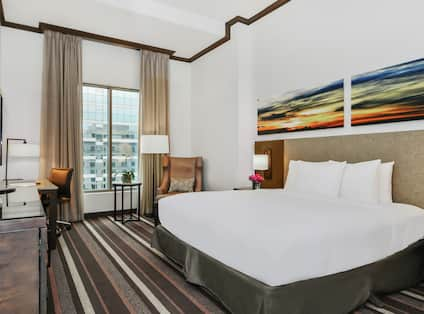 King Guestroom with Bed, Lounge Area, Room Technology, Outside View, and Work Desk