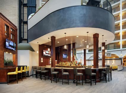 Embassy Suites Gastronomy Bar