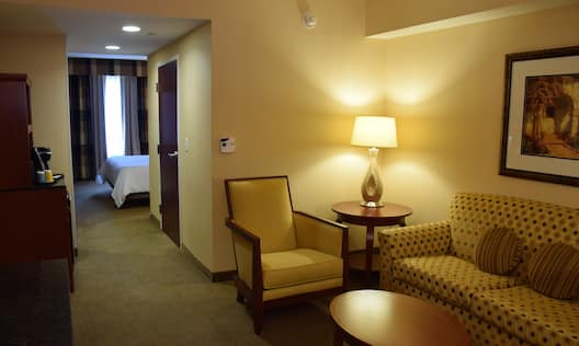 King 1 Bed Suite