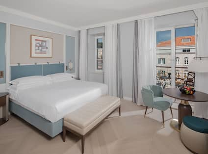 King Executive Room With Private Balcony View
