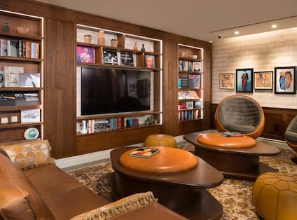 Lobby Seating Area with HDTV