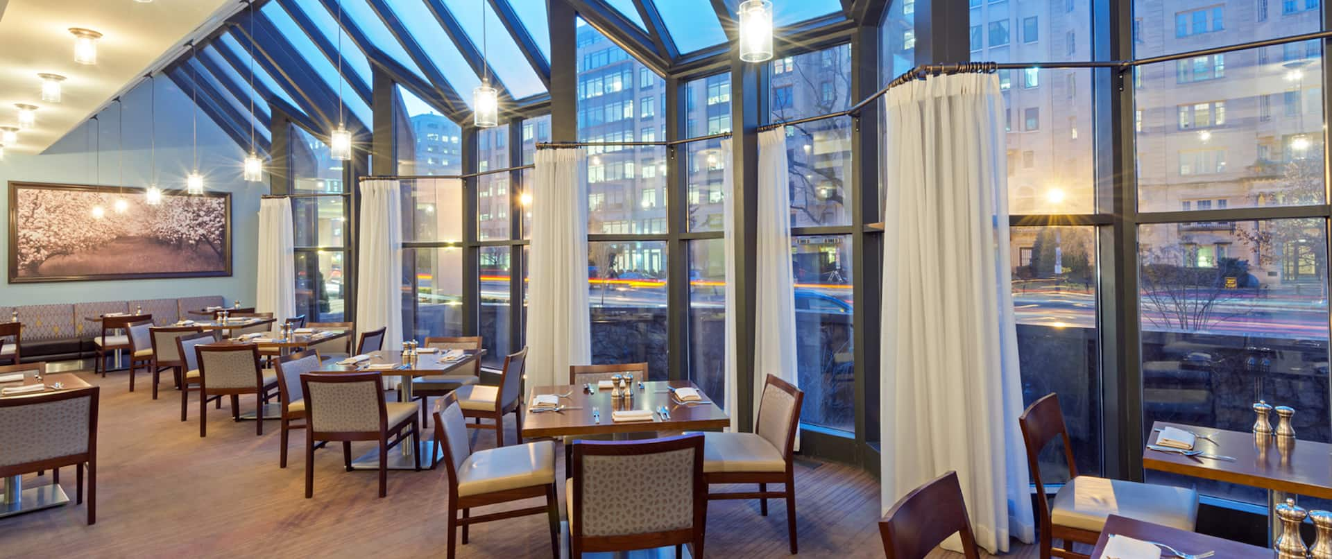 North Gate Grill, Window Tables