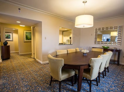 Guest Suite Dining Area with Table and Chairs