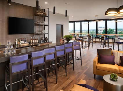 Rockies Retreat Bar with Outside View