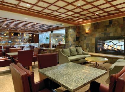 Amberstone Lounge