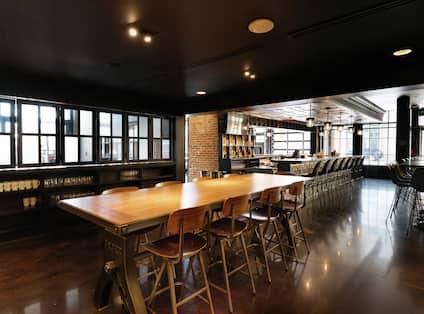 Woodie Fisher Kitchen & Bar