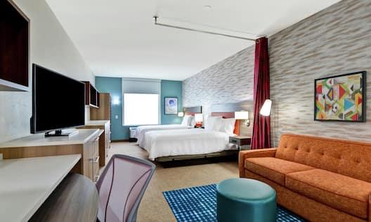 Double Queen Bed Guestroom Suite
