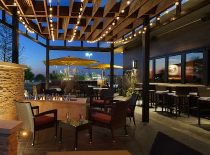 Houlihans Outdoor Seating Area at NIght