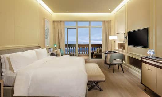 King Deluxe Room Ocean View