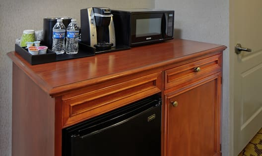 Accessible Room Hospitality Center With Microwave, Keurig, Mini Fridge and Amenities
