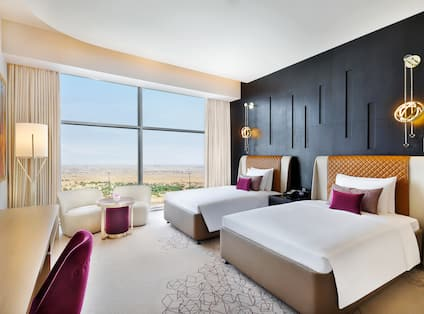 Deluxe Twin Room, Angled