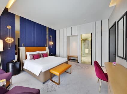 Executive King Suite, Bed