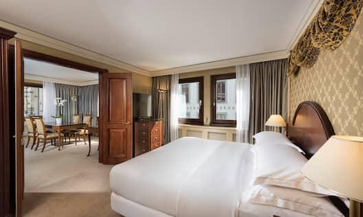 King Corner Suite Bedroom