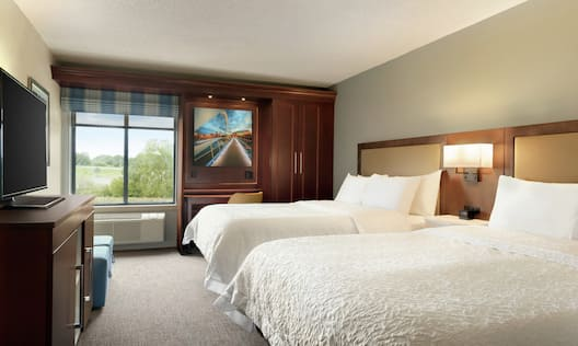 2 Queen Beds Guest Room, TV, Window View
