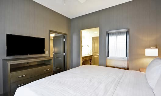 King Suite with TV