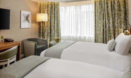 Twin Beds Guestroom Suite