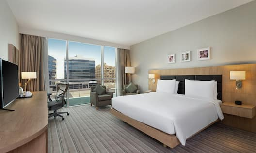 King Bedroom With City View