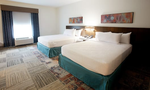 Two Queen Beds in Accessible Guest Room