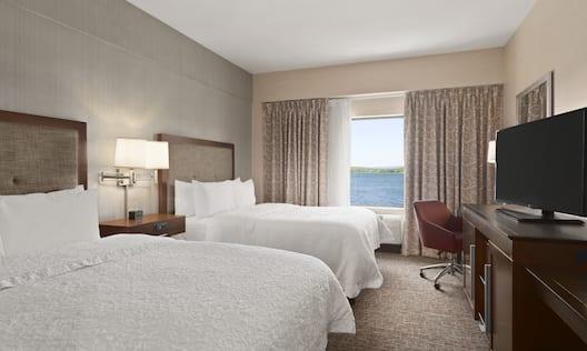 2 Queen Guestroom, Sideview