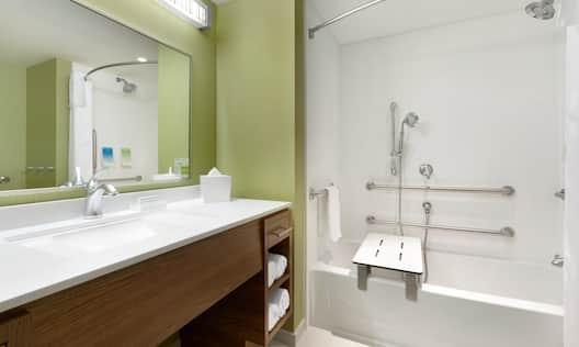 Accessible Bath with Tub
