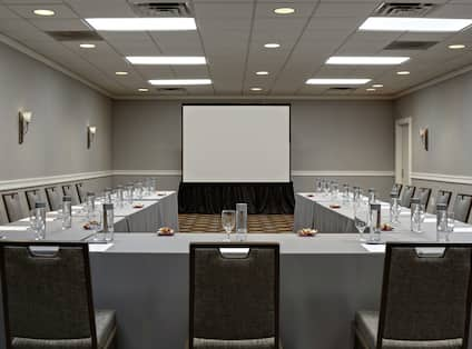 Willowbrook Meeting Room U-Shape Setup