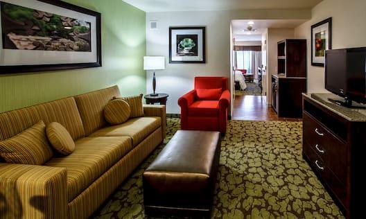 King Studio and Junior Suites