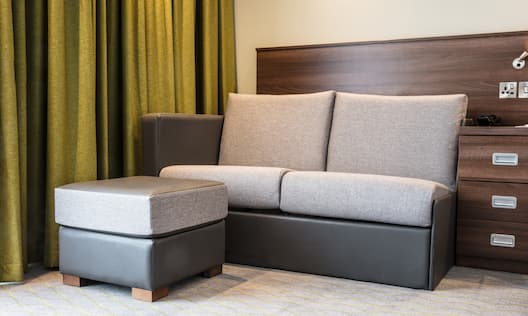 Guestroom with Sofa Bed