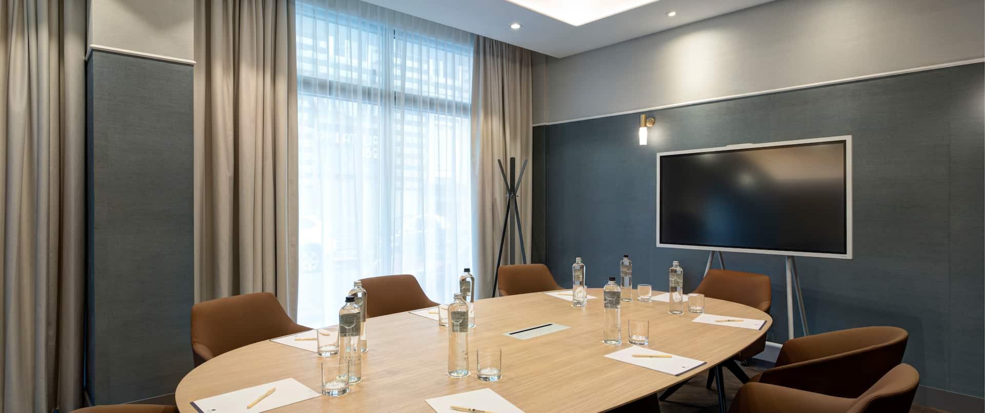 Cavour boardroom meeting room