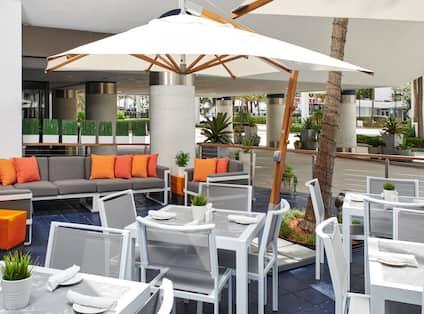 Patio Restaurant Seating