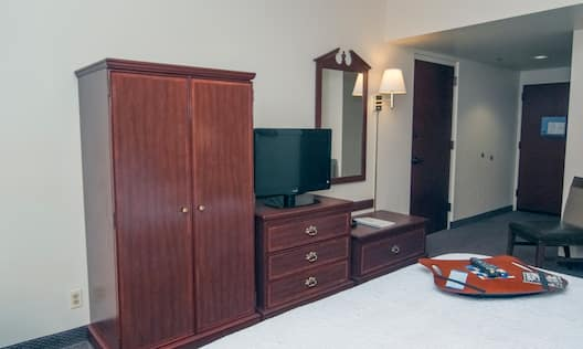 TV in Accessible Guest Room