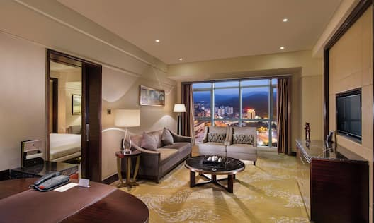 Executive Suite Living Area with mountain view