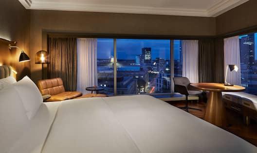 Panoramic View King Room