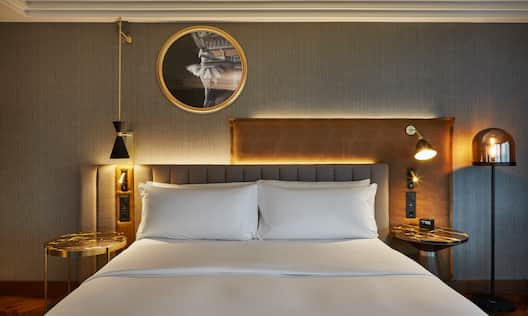 King Executive Room Bed