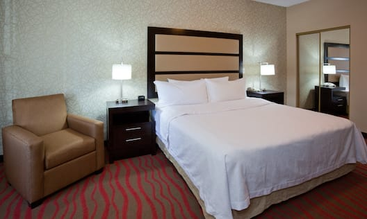 1 Bedroom Accessible Suite