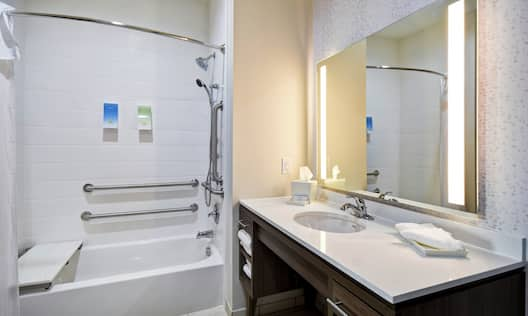 Guest Bathroom with Vanity and Accessible Tub/Shower